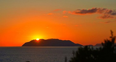 Rakel Home - Tramonto sulle Isole Eolie